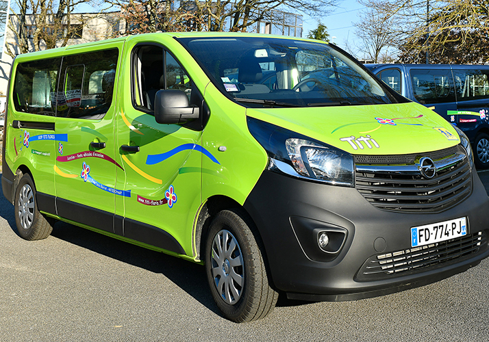 Voiture d'occasion : catégorie Minibus 9 places
